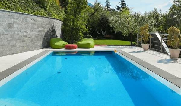 piscinea